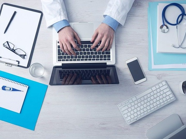 Primary Care Doctors Spending 6 Hours Daily on EHR Data Entry